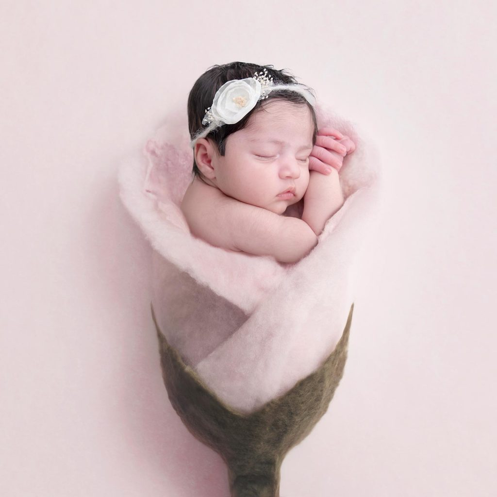 newborn-photographer-surbiton