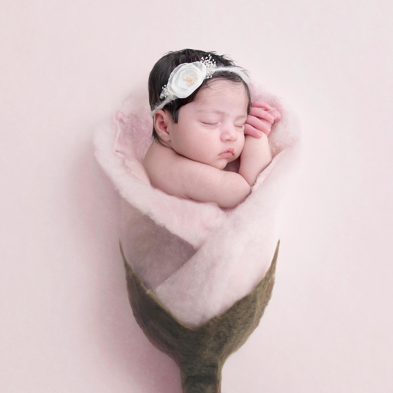 newborn-photographer-surbiton