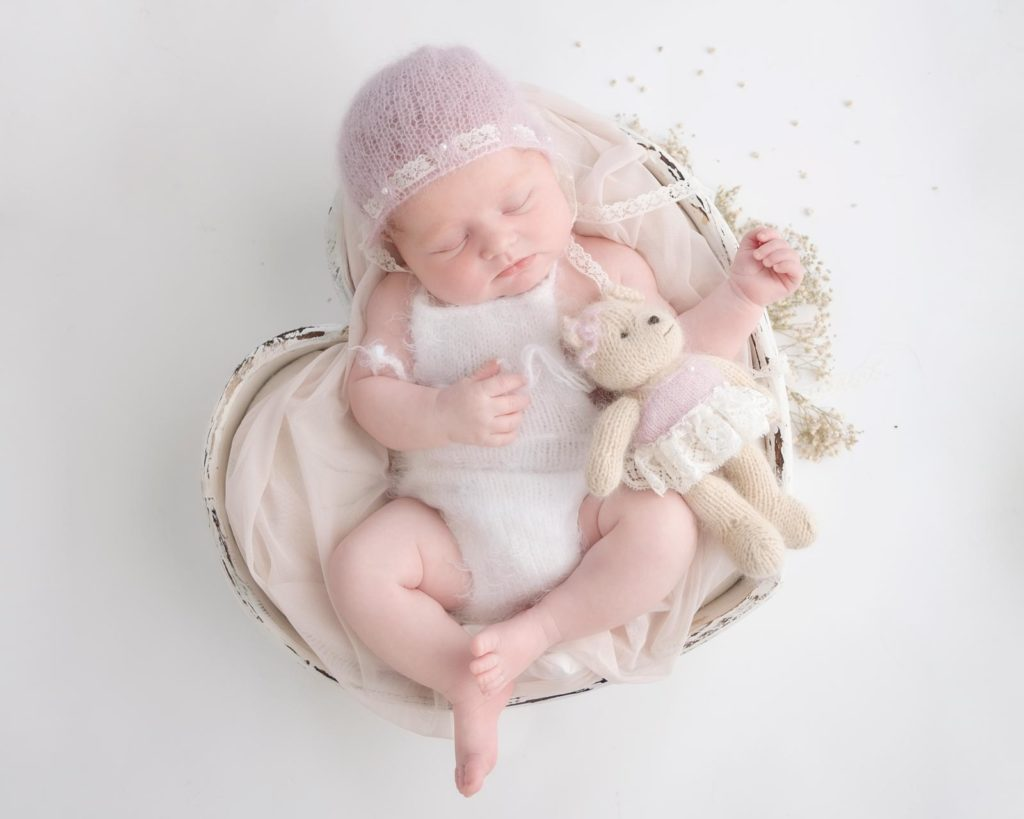 newborn-photography-surbiton