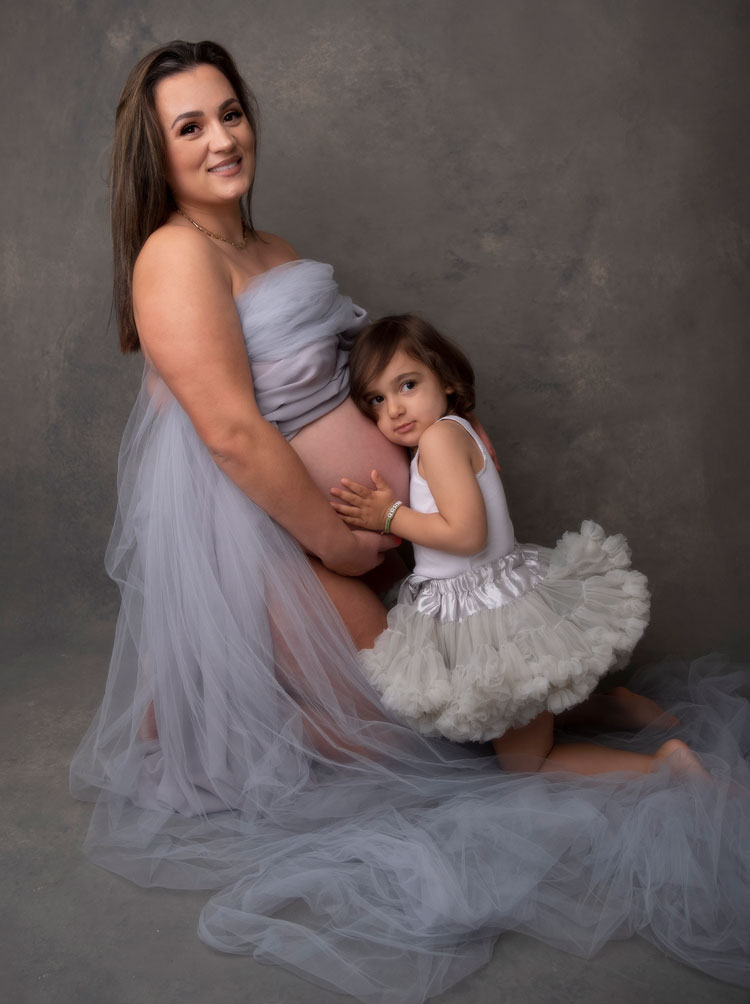 maternity-photoshoot-in-surbiton